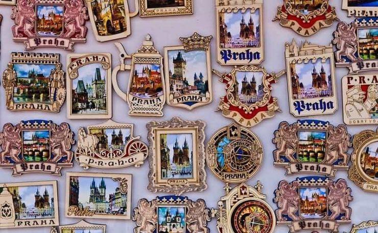 Сувениры-магниты с городами