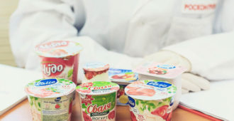 Баночки с йогуртом