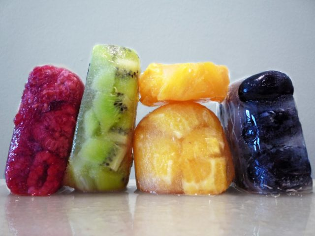 Порционно замороженные фрукты