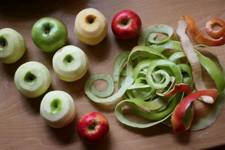Яблочные очистки