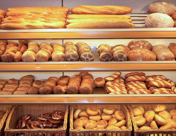Полка с хлебом