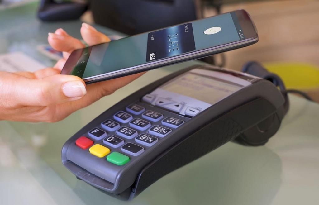 Оплата покупок через смартфон