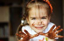 Ребенок в шоколаде