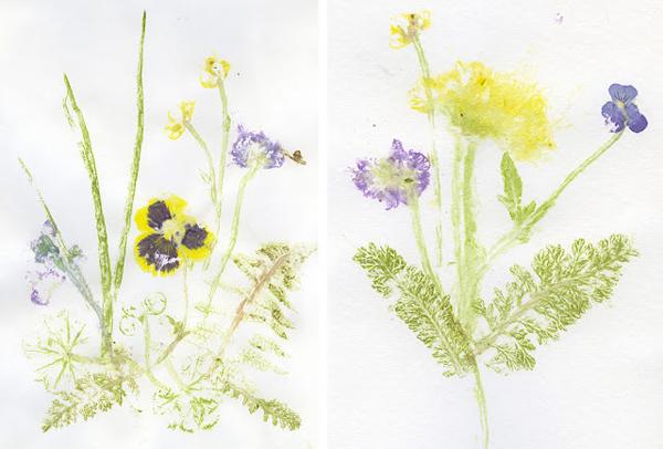 Открытка из цветов на бумаге
