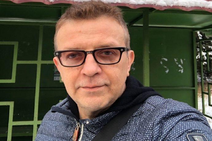 Певец Роман Жуков