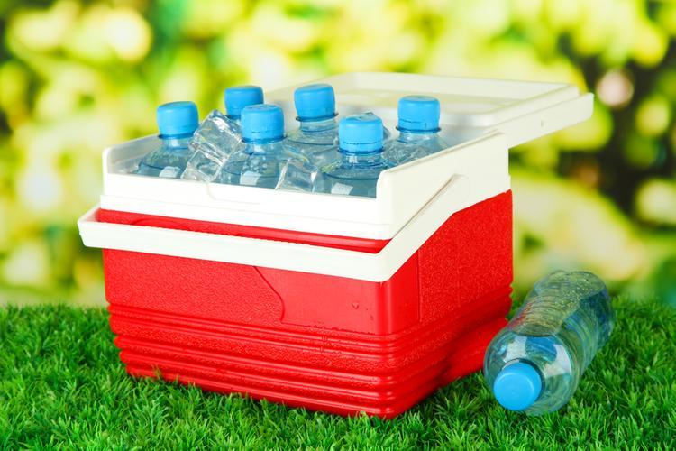 Переносной мини-холодильник