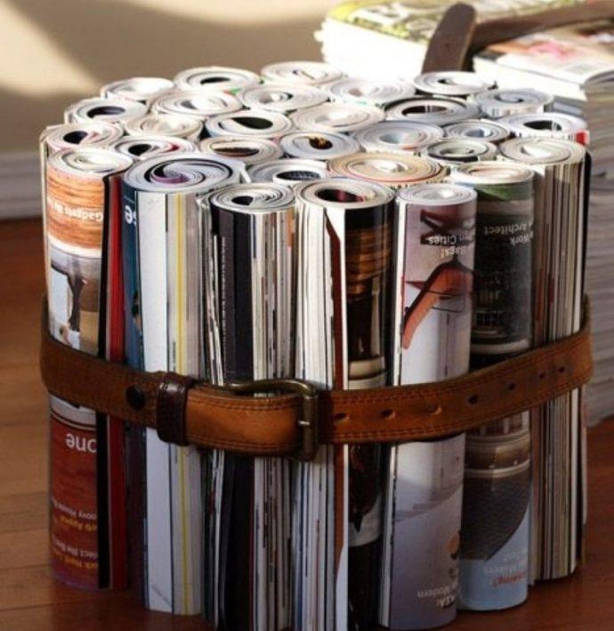 Свернутые в трубочки журналы