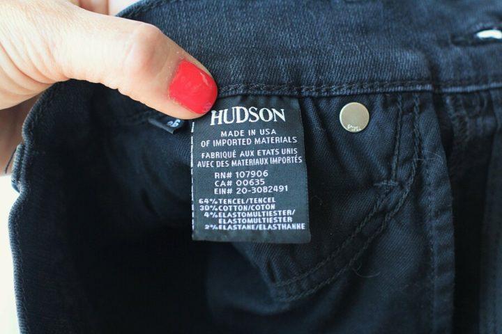 Этикетка джинсов