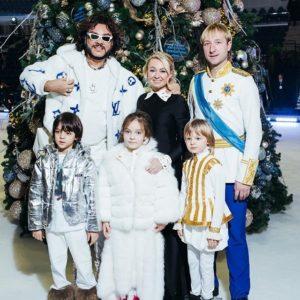 Киркоров, Рудковская и Плющенко с детьми