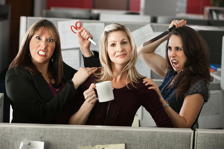 Три женщины в кадре