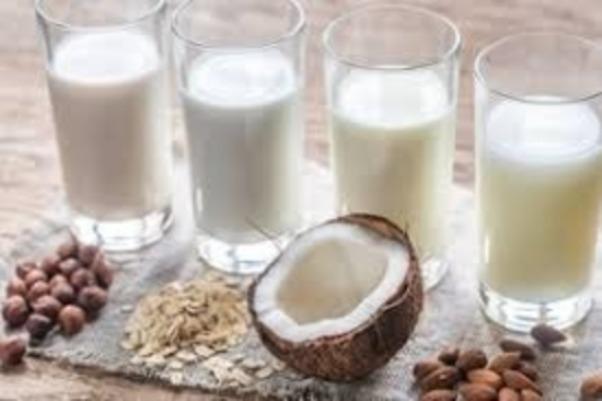 Молоко с ореховыми добавками