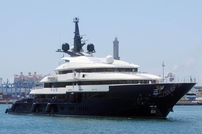 Яхта Стивена Спилберга