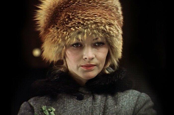 """Барбара Брыльска в меховой шапке на съемках """"Иронии судьбы"""""""