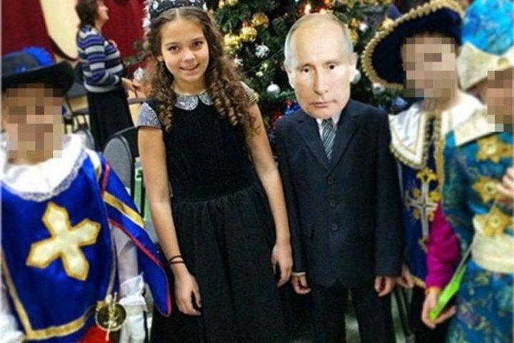 """Детский утренник - мушкетеры, принцесса и """"Путин"""""""