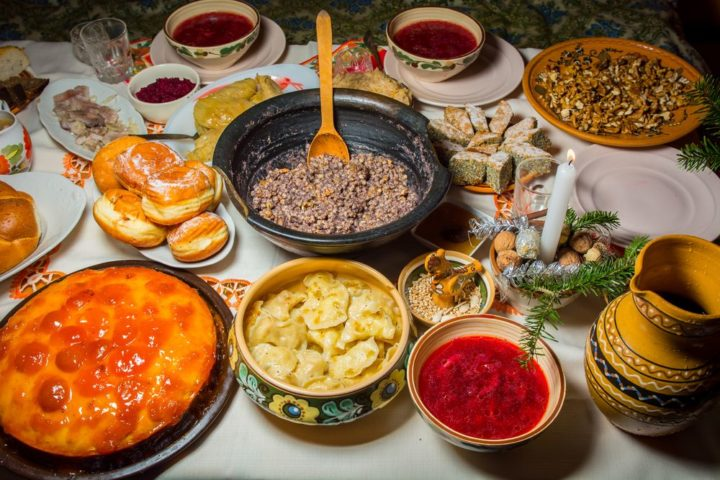 Праздничный ужин на Крещение